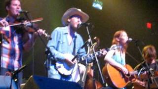 Dave Rawlings Machine w/ Old Crow Medicine Show - To Be Young (is to be sad, is to be high)  8.07.09