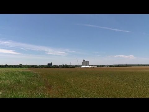 Small Kansas town giving away land to attract new residents