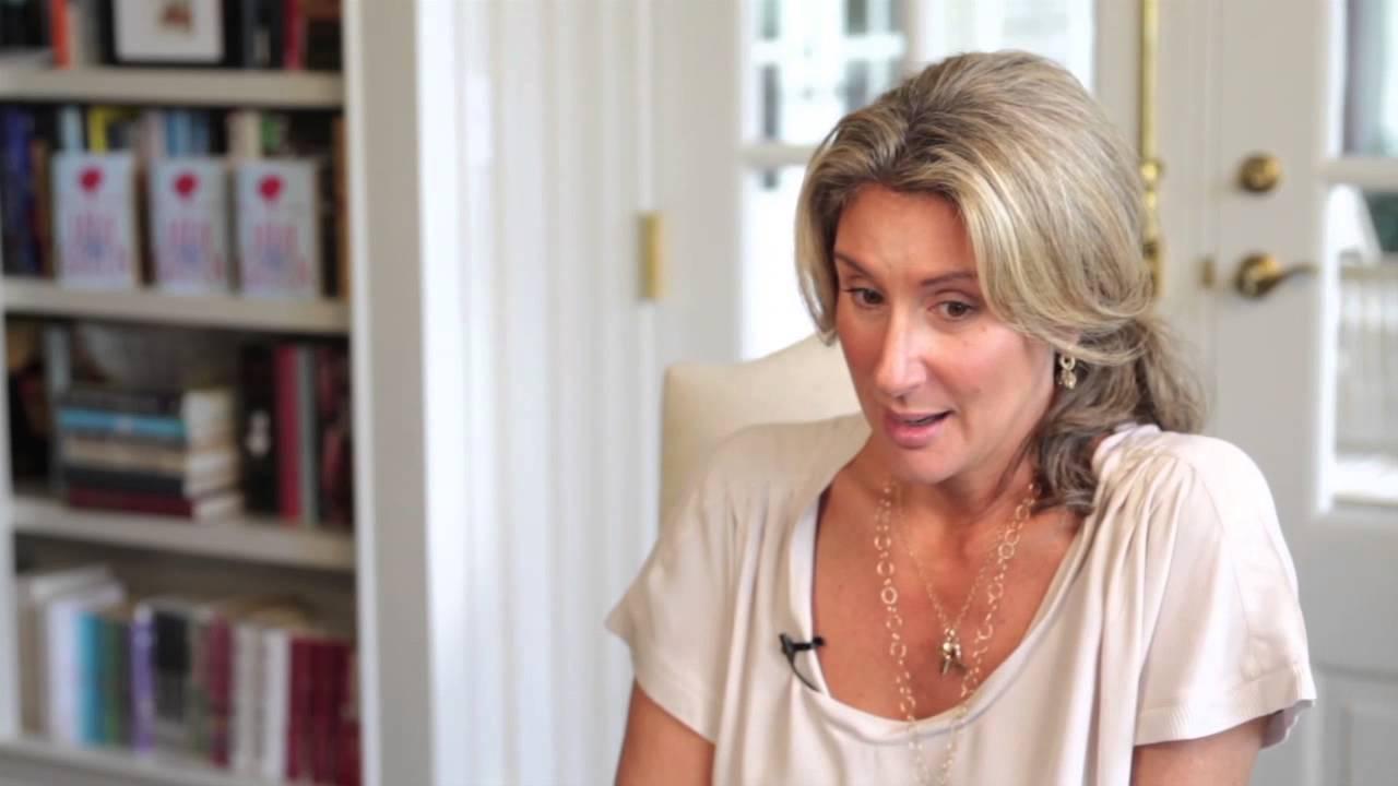 Jane Green on Living in the UK vs. the US - YouTube