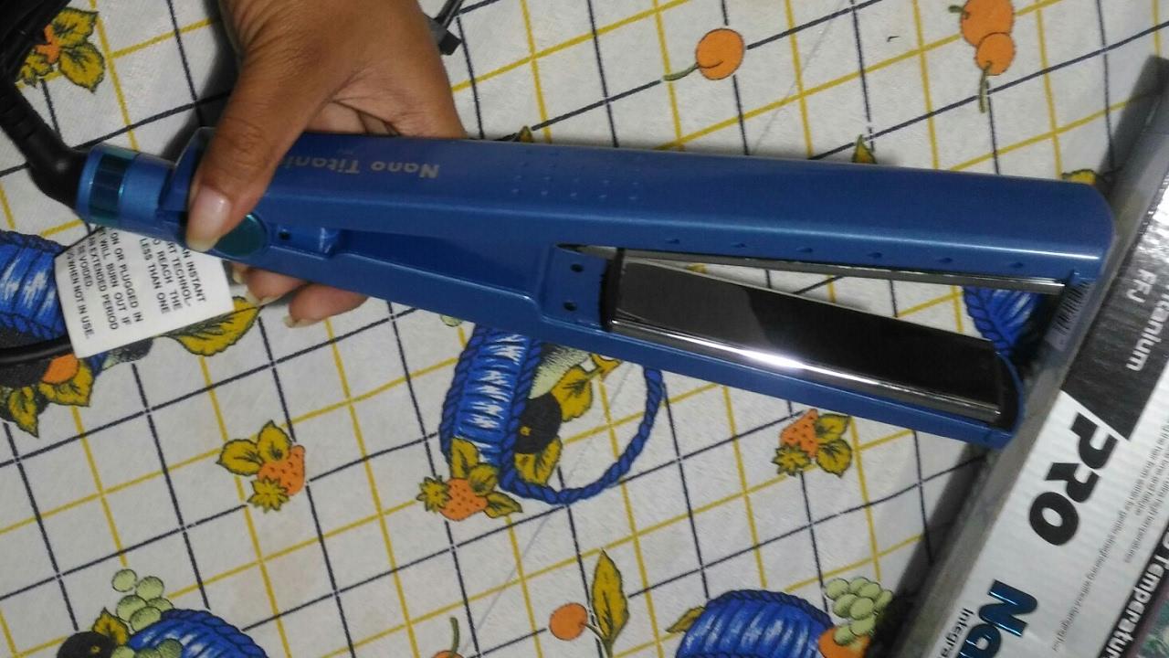 31dcc096b Chapinha Prancha Profissional Nano Titanium 1 1/4 Até 450ºF - Bivolt ...