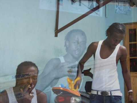 POPCAAN - DEM SELL WE OUT (BLAK RYNO DISS)(2010 NEW!!)