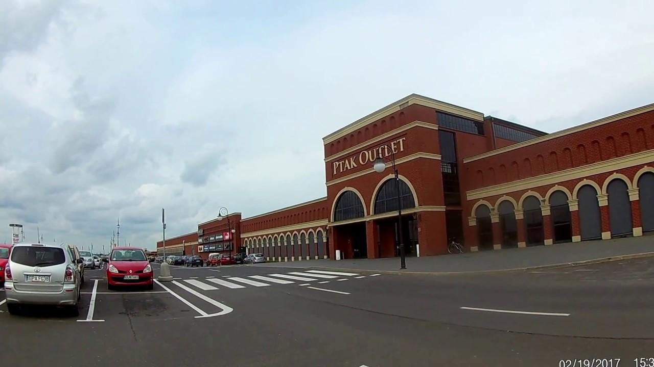 afa08ffe07 Rzgów Ptak Outlet w kierunku wejścia Centrum Handlowe Ptak