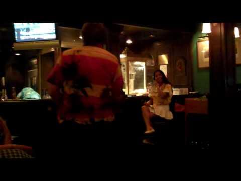 Karaoke in Henry's Pub on the Norwegian Spirit