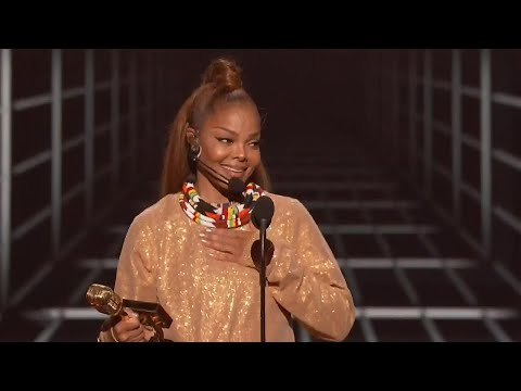 Janet Jackson Receives Icon Award at the 2018 Billboard Music Awards