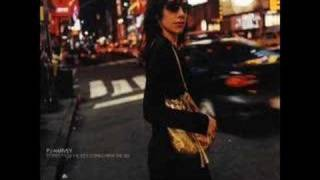 "Pj Harvey ""We float"""