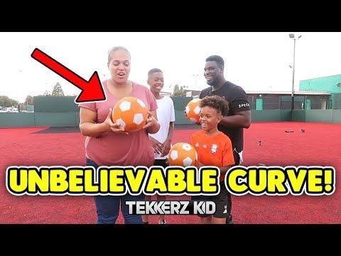 Insane SWERVE & CURVE Freekicks Challenge | Tekkerz Kid & Romello vs Mum & Dad