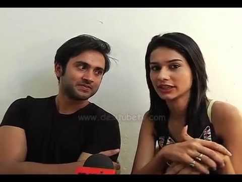 Nisha Aur Uske Cousins: Viraj Is Crazy About Dance , Must Watch Episode 26th January 2015 from YouTube · Duration:  1 minutes 10 seconds