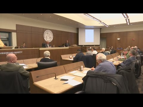 Winnebago County Board votes to change reporting structure for county administrator