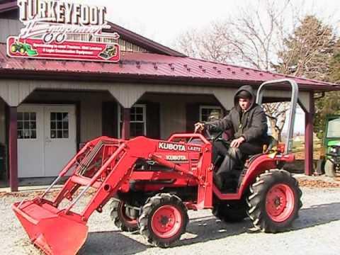 Kubota B Hst Tractor La272 Loader 4x4
