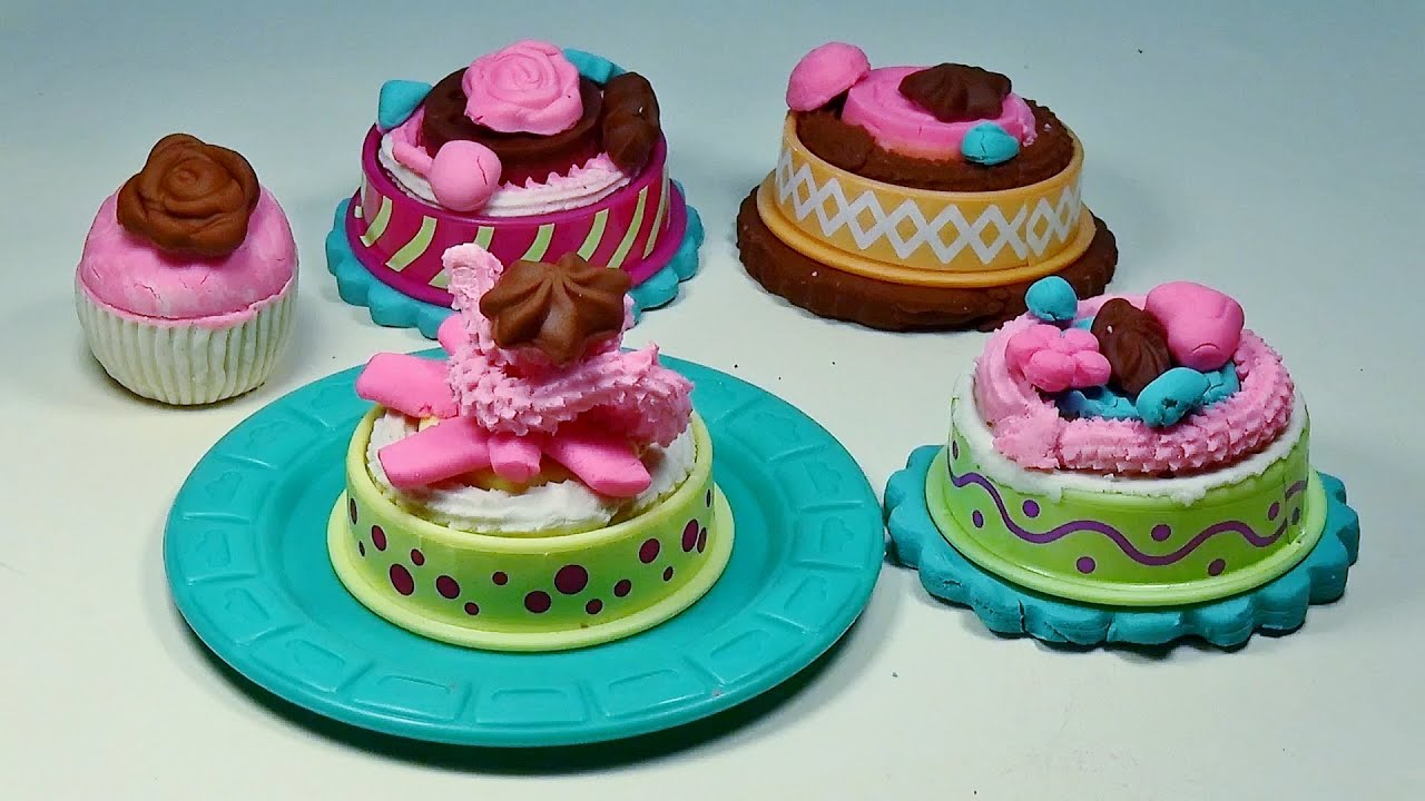 Play Doh Cake Makin' Station Bakery Playset by Sweet ...