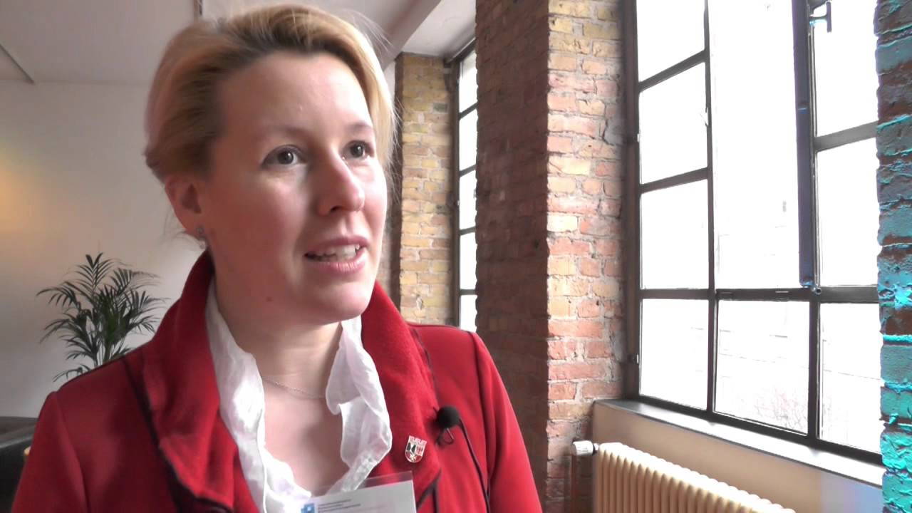 Dr. Franziska Giffey zum Thema Bildungsmanagement - YouTube