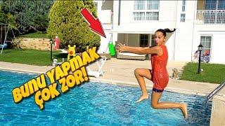 Melike Havuzun Üstünde Asılı Slime Malzemelerini Yakalıyor!