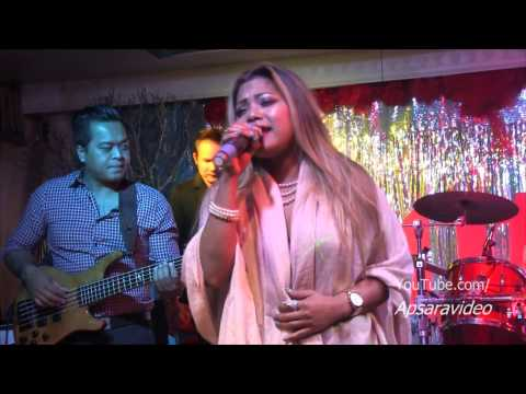 ឈឺចិត្តមានតែស្រា -- Chhom Nimol  sings as guest singer at Legend Seafood LB