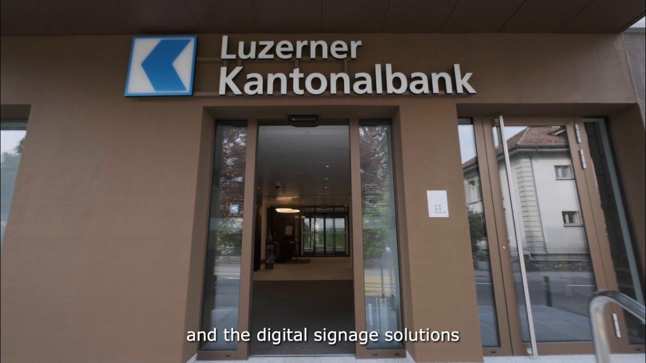 SMART Signage Solutions: Case Study - Luzerner Kantonalbank | Samsung