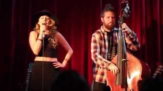 Haley Reinhart & Casey Abrams - All About That Bass