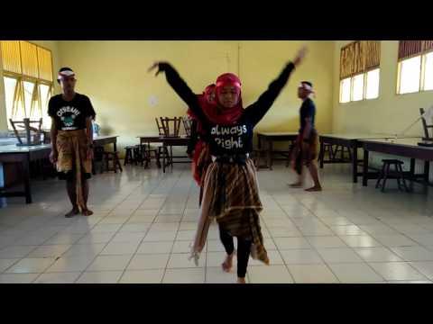 Tari Jawa timur mix modern dance