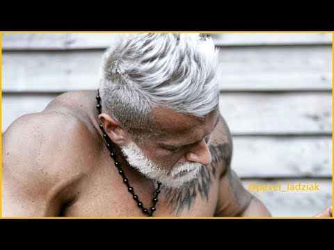 How to Cut and Style Men's Gray Hair