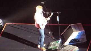 "Ed Sheeran ""Bloodstream"" Live in Sacramento 2017"