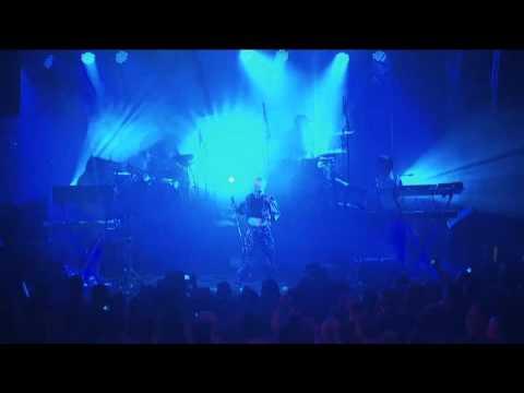 Robyn - Be Mine (Klas Ahlund Remix Live @ Berns Salonger, Stockholm 2010)