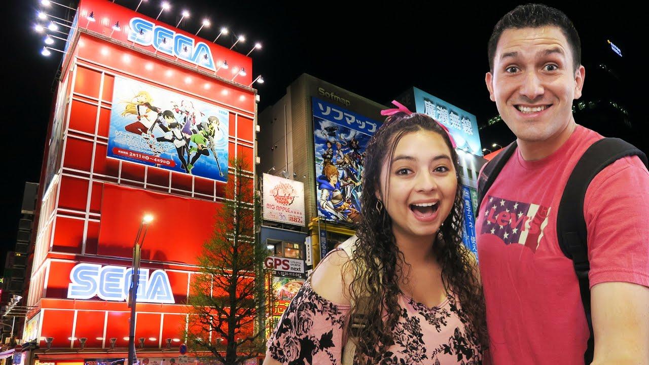 huge-sega-arcade-in-akihabara-tokyo-japan