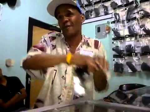 El Cantinfla Maeno En La Armeria Marlin Con Juan Pitola Lolz Youtube