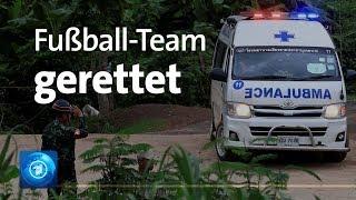 Kinder und Trainer aus Höhle gerettet