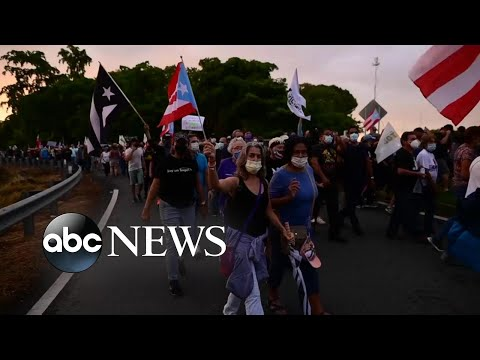 Puerto Rico battles state of darkness