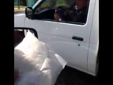 Narco broma a chofer