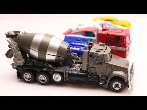Transformers Bumblebee Vs Optimus Prime Stop Motion Mixmaster, WheelJack Car & Lego Military Contest
