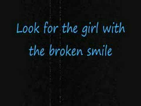 She Will Be Loved- Maroon 5 [[with Lyrics]]