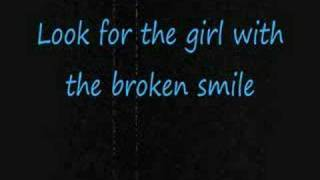 Repeat youtube video She Will Be Loved- Maroon 5 [[with lyrics]]