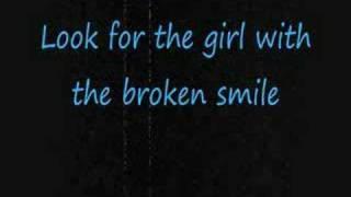 She Will Be Loved- Maroon 5 [[with lyrics]]