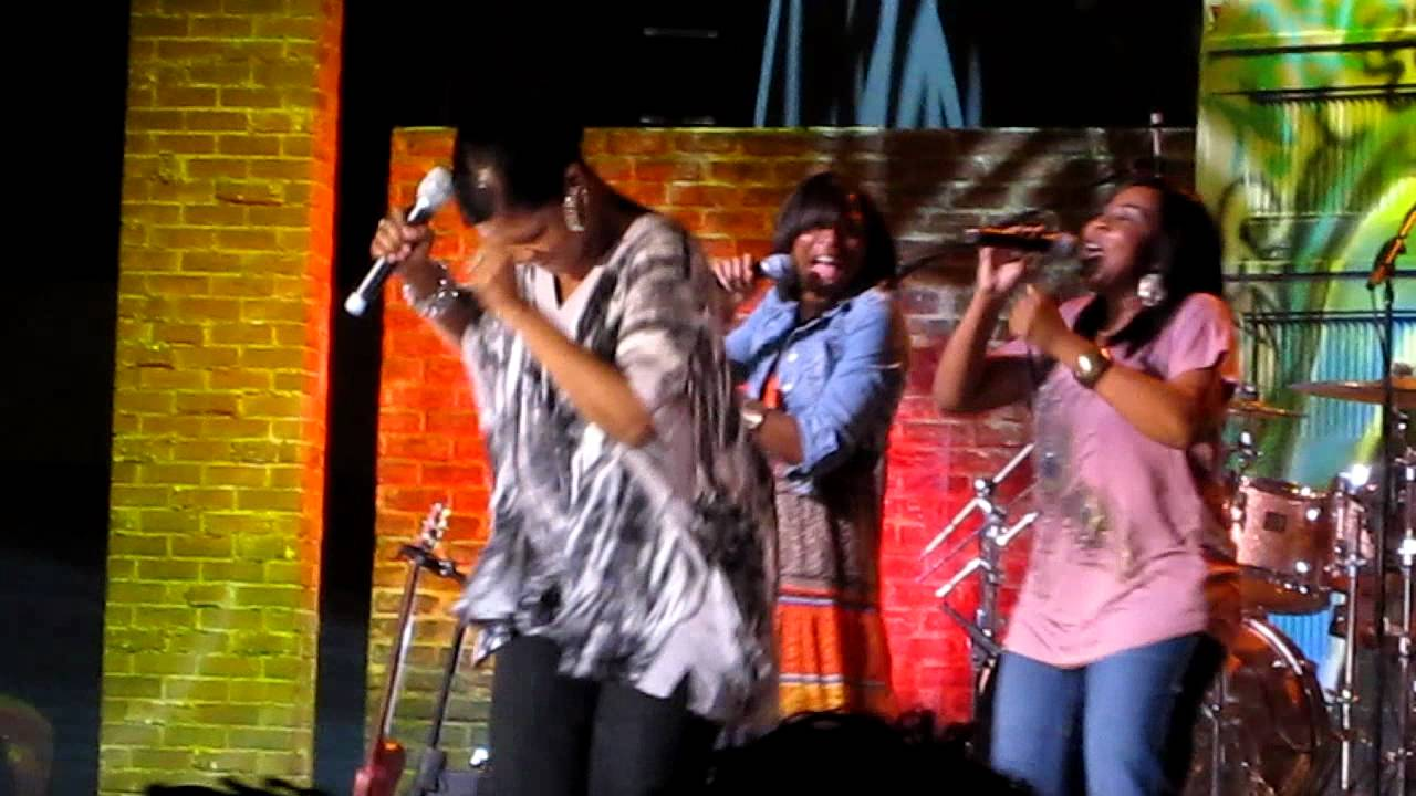 CeCe Winans-Hallelujah Praise at ASFB 2011