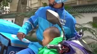 저장 쟈싱(浙江嘉兴) 장애인 배달원, 딸을 데리고 배달 | CCTV 한국어방송