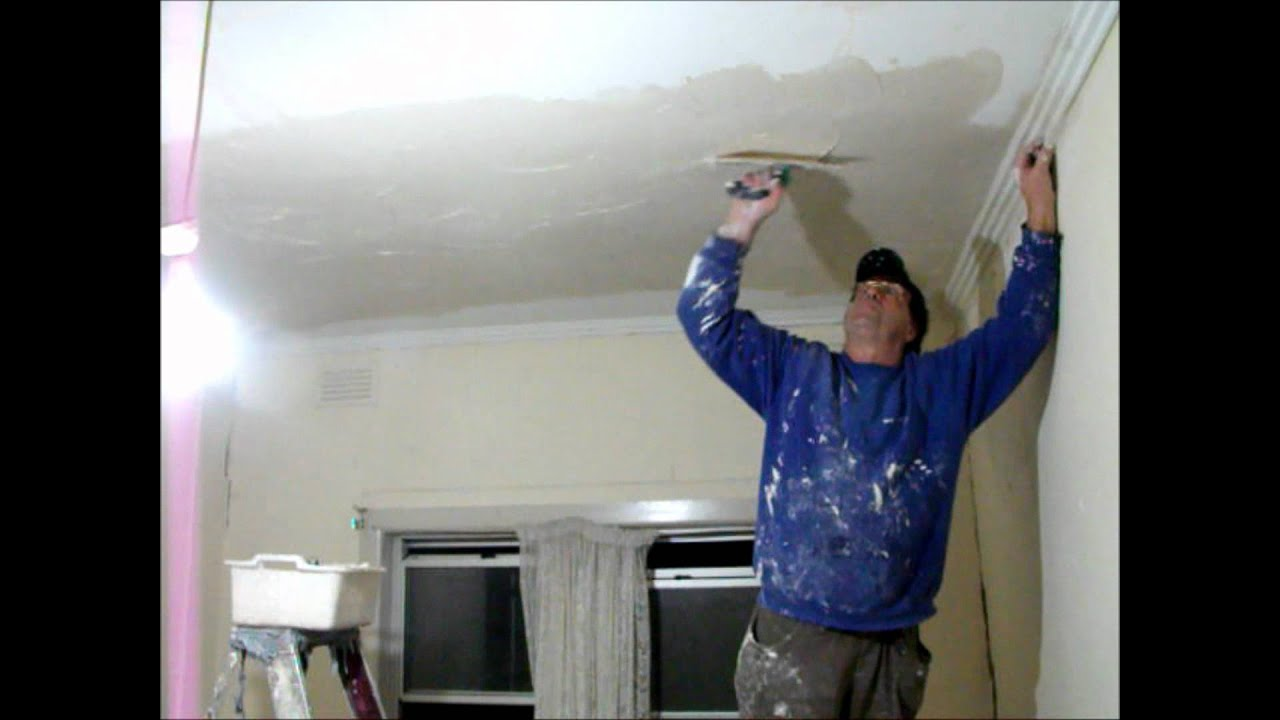 Fibrous plaster repairs Floating a very uneven ceiling Part 1