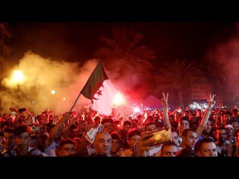 كأس الأمم الأفريقية: الجزائر تحتفل بلقبها الثاني في أجواء من الفرح  - نشر قبل 3 ساعة