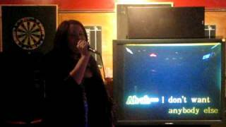 Sarah - I Touch Myself (The Divinyls) Karaoke