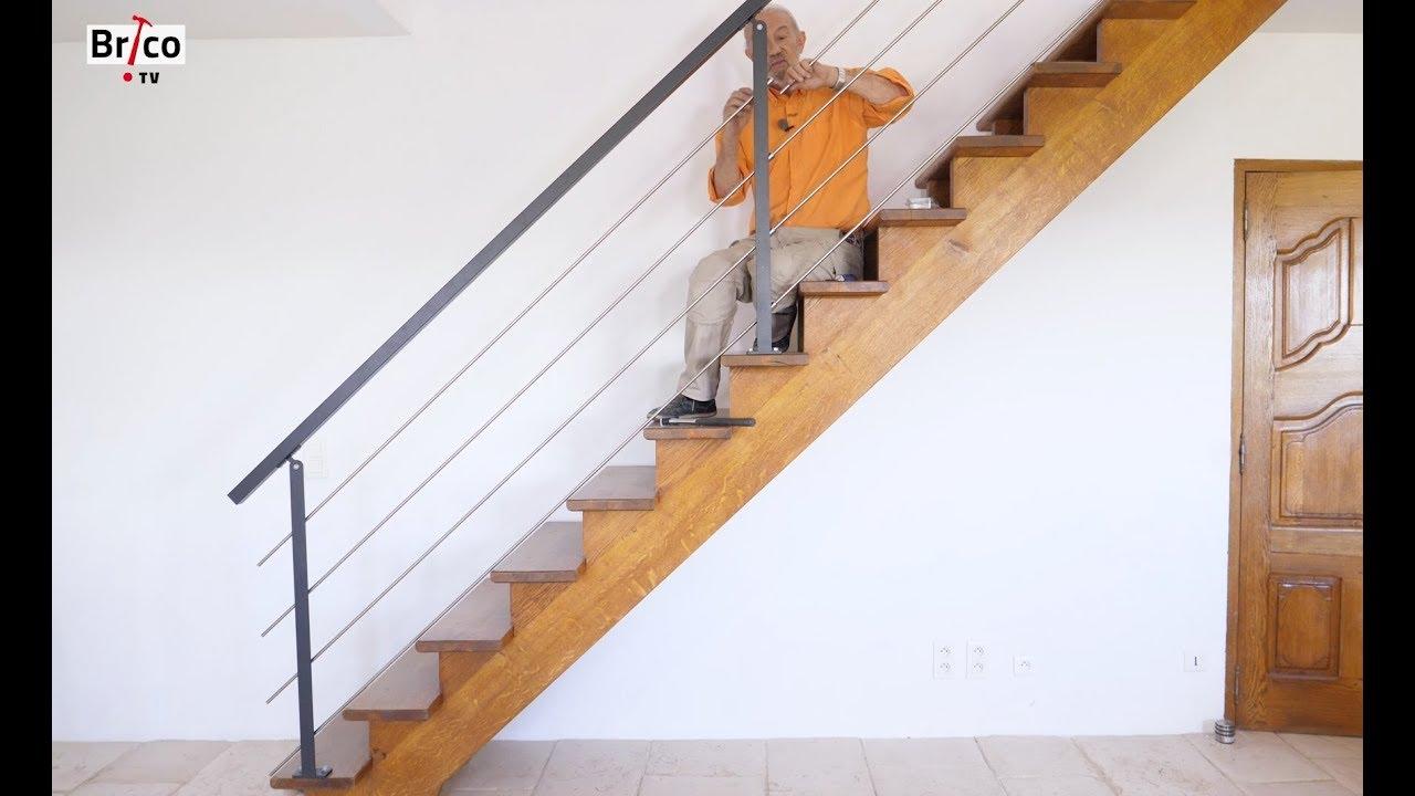 poser une rampe et un garde corps sur un escalier en bois. Black Bedroom Furniture Sets. Home Design Ideas