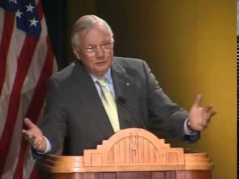 Neil Armstrong at Cincinnati Museum Center - YouTube