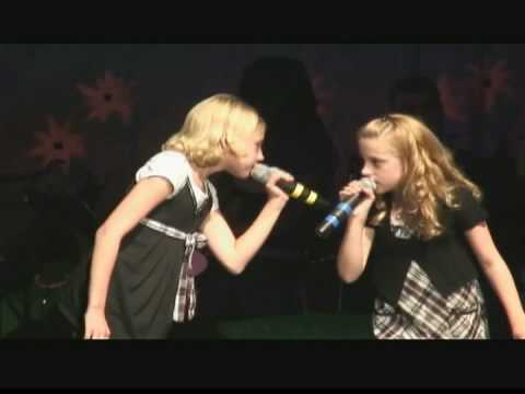 Cactus Cuties Madeline & Blaire sing Anything You Can Do I Can Do Better