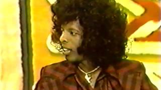 Sly Stone interviewed on The Mike Douglas Show 11/20/74 (Richard Pryor co-host) (Part 1)