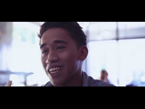 Hamdy Wardi-Berharap Kau Setia(Official Music Video)
