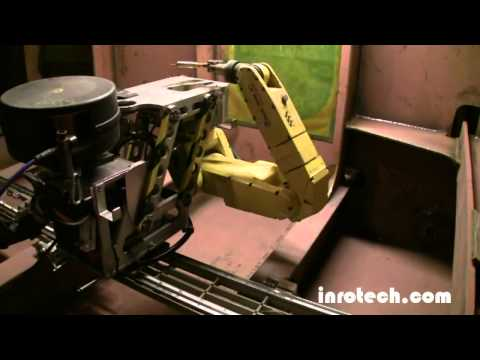 Mobile shipyard welding robot