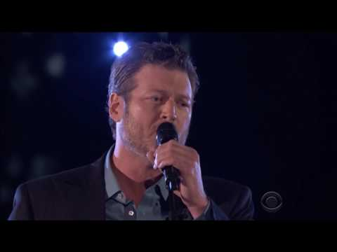 Blake Shelton sings new song
