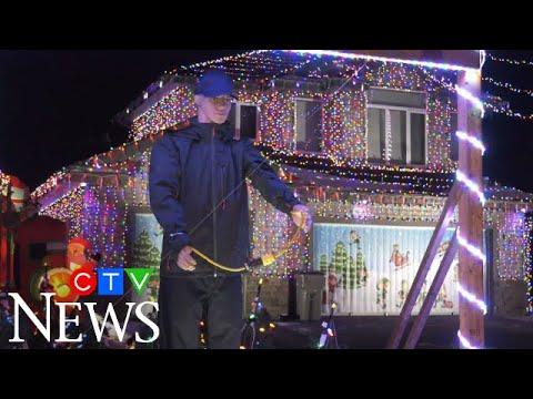 Alberta man recreates famous scene from Christmas movie