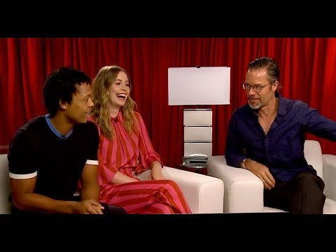 THE INNOCENTS : Guy Pearce, Sorcha Groundsell, Percelle Ascott