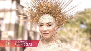 Download lagu Baby Sexyola - Cinta Gila (Official Music Video NAGASWARA) #music