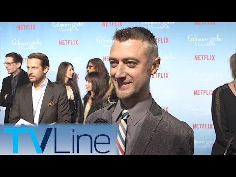 Sean Gunn   Gilmore Girls Red Carpet Premiere     TVLIne