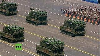Técnica militar terrestre rusa en la Plaza Roja #DíaDeLaVictoria70