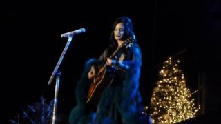 Kacey Musgraves - Merry Christmas from the Family